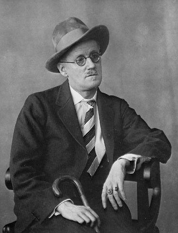 James Joyce par Berenice Abbott 1926.jpg