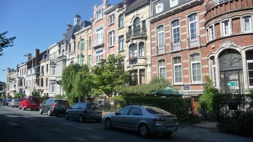grilles,jardinets,bruxelles,schaerbeek,fer forgé,urbanisme,promenade,plaisir des yeux,culture
