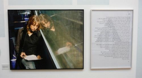 buren,daniel,une fresque,exposition,bruxelles,bozar,rétrospective,scénographie,art contemporain,xxe,xxie,surface,espace,parcours,culture