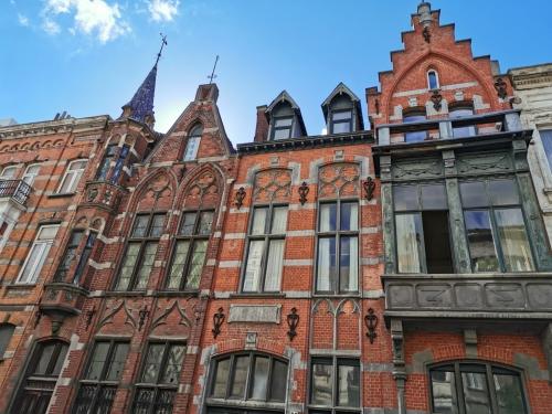 2020,estivale,schaerbeek,promenade guidée,place colignon,quartier colignon,architecte,néo-classique,néo-renaissance,art nouveau,culture