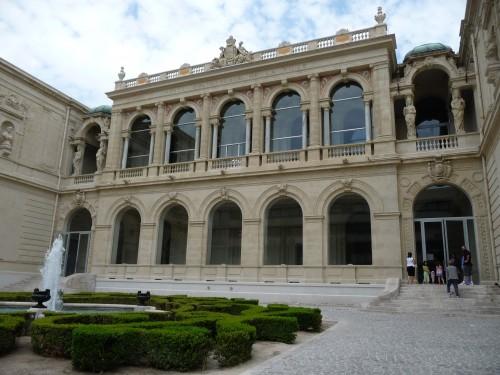 Musée d'art à Toulon.JPG