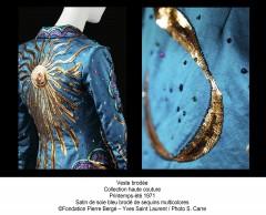 yves saint laurent,visionnaire,ysl,exposition,bruxelles,mode,création,haute couture,prêt-à-porter,féminisme,égalité,culture