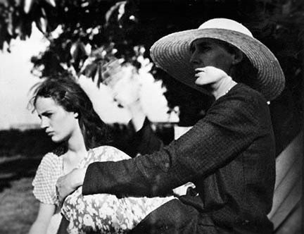 Woolf virginia1932 avec Angelica Bell.jpg