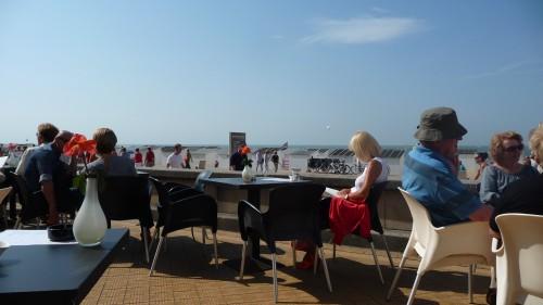 Ostende,lecture,terrasse
