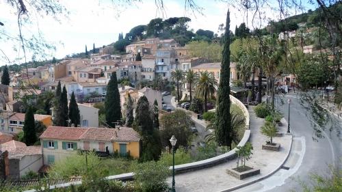bormes-les-mimosas,fleurs,monument,sculpture,jean-charles cazin,marie cazin,balade,culture
