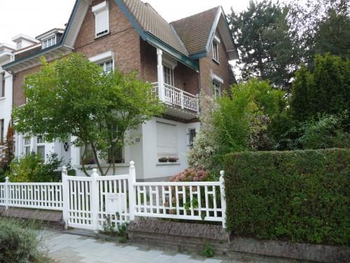 Maison de Magritte (1).JPG