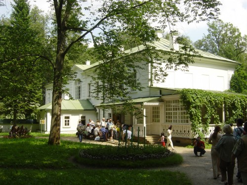La maison de Tolstoï (Iasnaïa Poliana).JPG