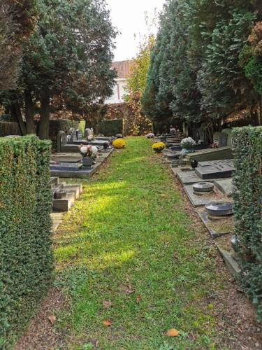 ancien cimetière d'evere,bruxelles,art funéraire,tombes anciennes,culture