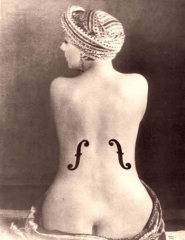 Muse Kiki Man Ray Violon d'Ingres.jpg