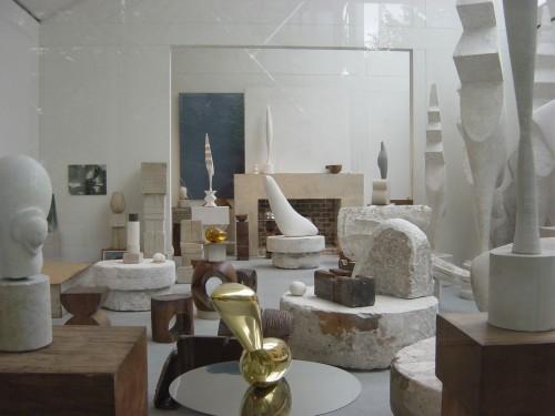Un coin de l'atelier de Brancusi.JPG