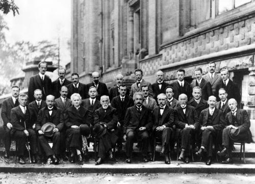 ferrari,jérôme,le principe,roman,littérature française,heisenberg,physique quantique,nazisme,atome,histoire,science,culture