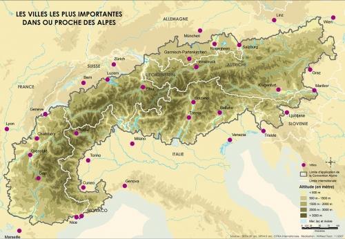 paolo rumiz,la légende des montagnes qui navuguent,récit,littérature italienne,alpes,slovénie,croatie,italie,suisse,france,montagne,marche,vélo,histoire,rencontres,culture