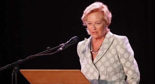 leroy,les 75 ans de la reine paola,essai,littérature française,belgique,famille royale,reine,culture