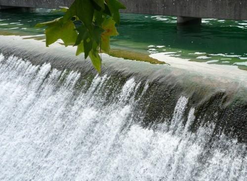 Zurich L'eau sous les ponts.JPG